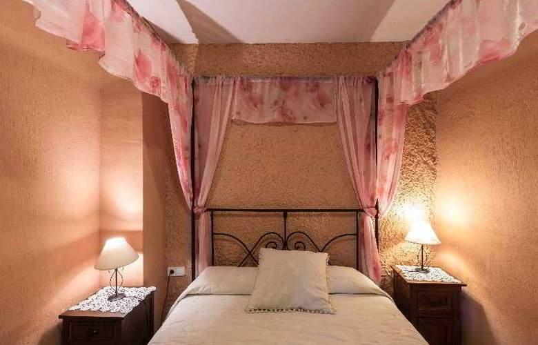 Palacio Guzmanes Hospederia Rural - Room - 24