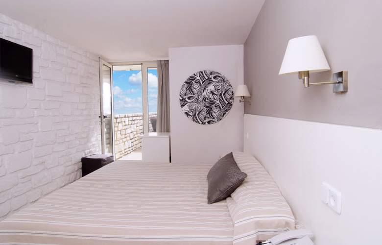 Daina Hotel - Room - 13