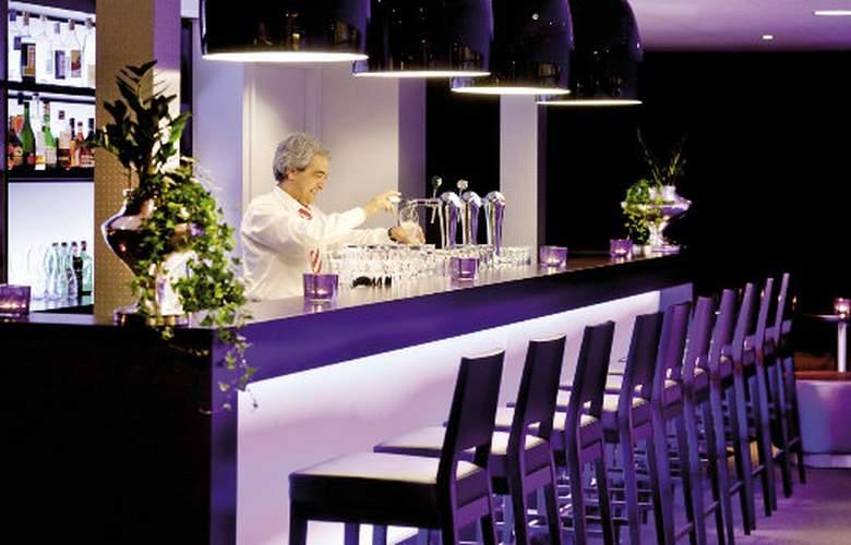 Mövenpick Hotel 's-Hertogenbosch - Bar - 2