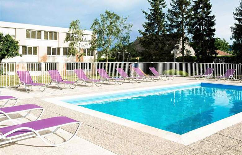 Novotel Dijon Route des Grands Crus - Pool - 12