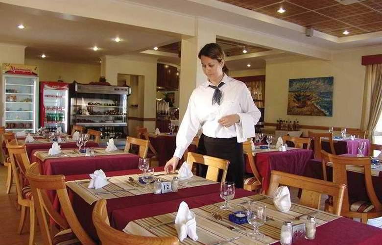 Hotel Maritur - Restaurant - 5