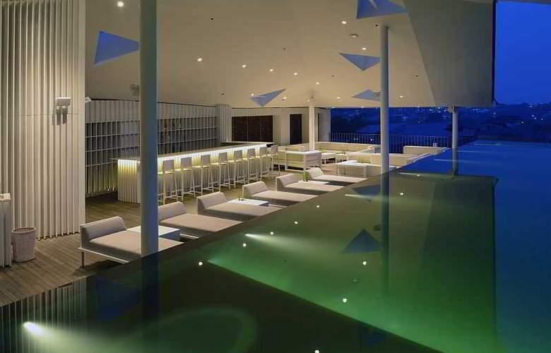 IZE Seminyak Bali - Pool - 28
