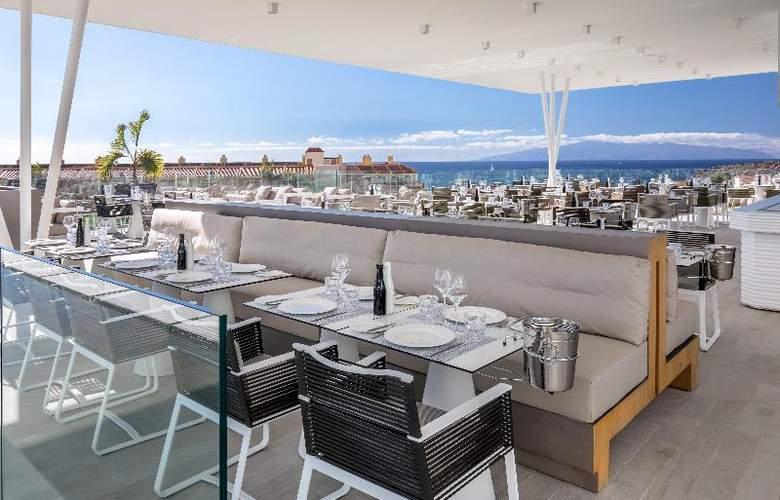 Royal Hideaway Corales Suites - Restaurant - 27
