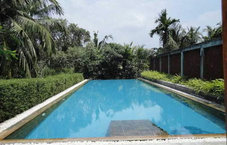 Tamarind Hill - Pool - 4