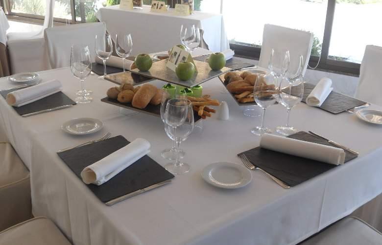 Santiago Apostol - Restaurant - 17