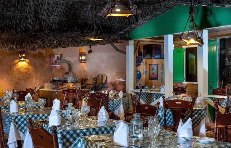 Tropical Princess All Inclusive - Restaurant - 41