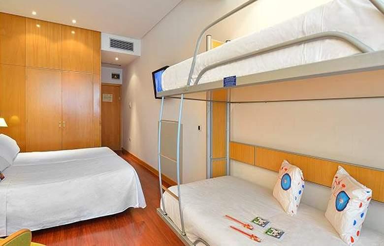 Tryp Málaga Alameda - Room - 11