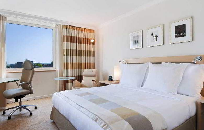 Hilton Dusseldorf - Room - 3