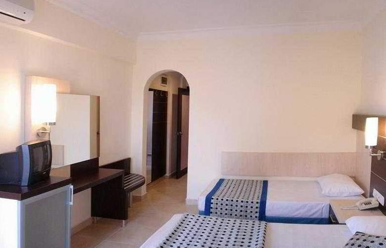 Kleopatra Balik Hotel - Room - 5