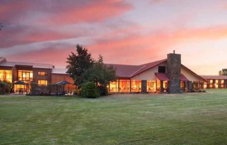 Mackenzie Country Inn - Hotel - 4