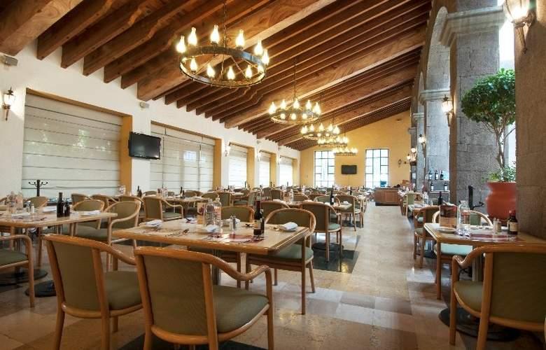 Fiesta Inn Toluca Tollocan - Restaurant - 8