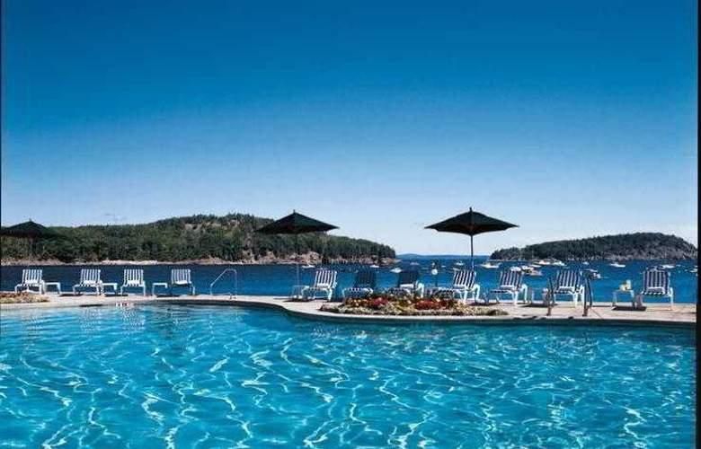 Bar Harbor Holiday Inn - Pool - 12