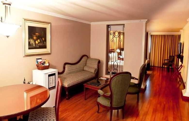 El Duque Centro Internacional - Room - 3