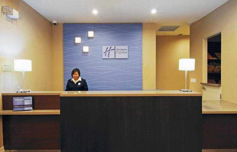 Holiday Inn Express & Suites Vaughan - General - 26