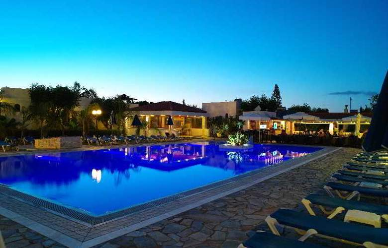 Kyknos Beach Hotel and Bungalows - Hotel - 9