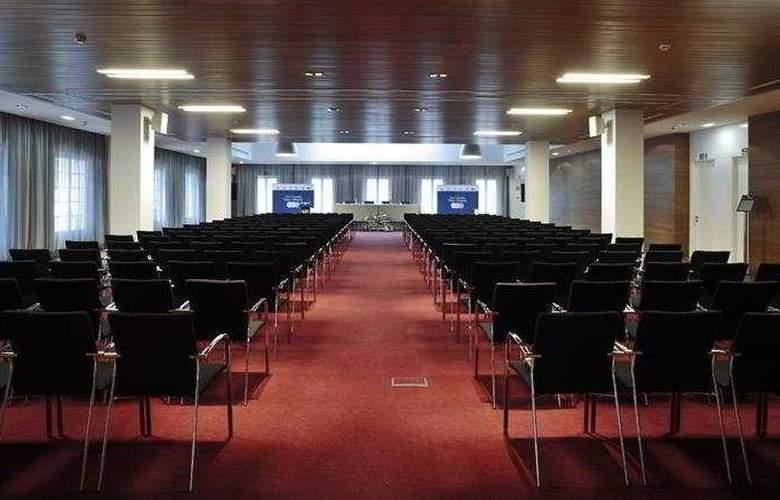 Gran Hotel Las Caldas Villa Termal - Conference - 8