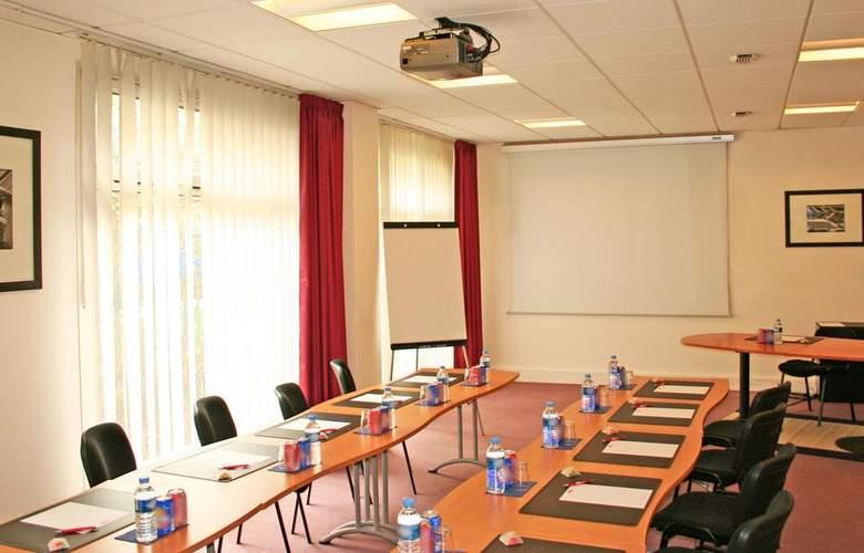 Séjours & Affaires Courbevoie Grande Arche - Conference - 3