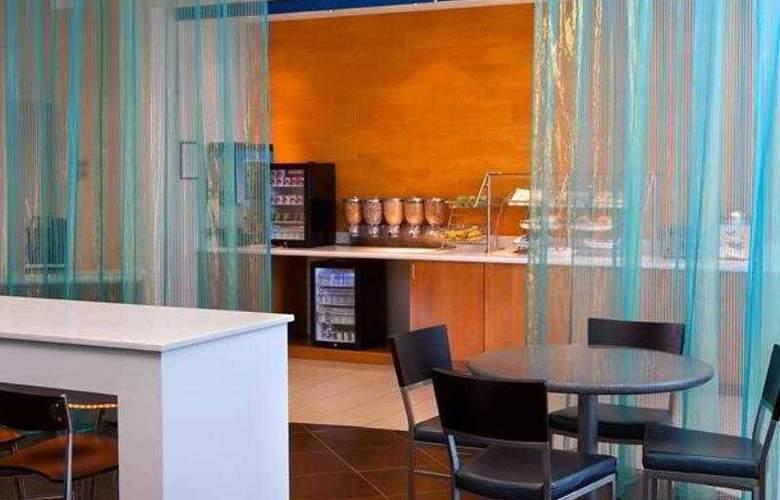 SpringHill Suites Macon - Hotel - 4