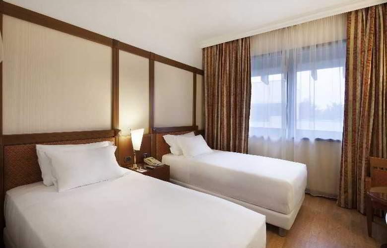 NH Villa Carpegna - Room - 18