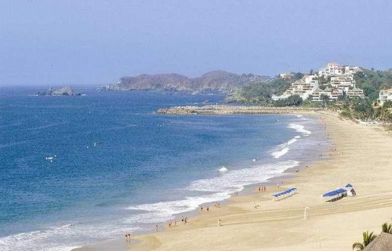 Tesoro Ixtapa All Inclusive - Beach - 8