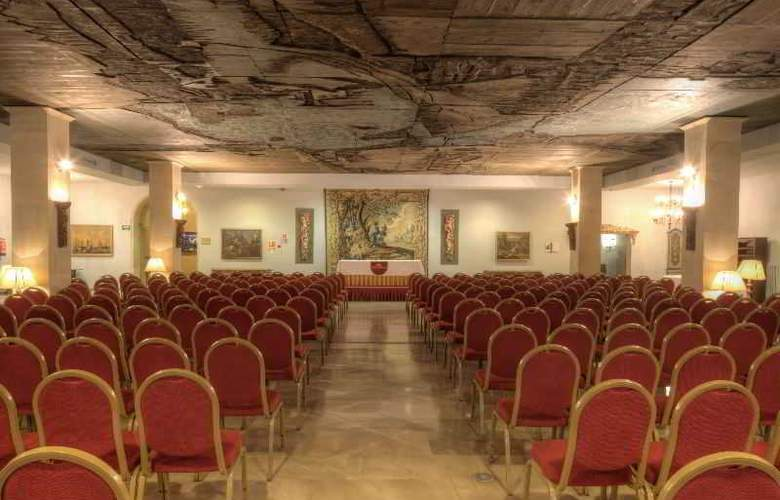 Parador de Leon. San Marcos - Conference - 8