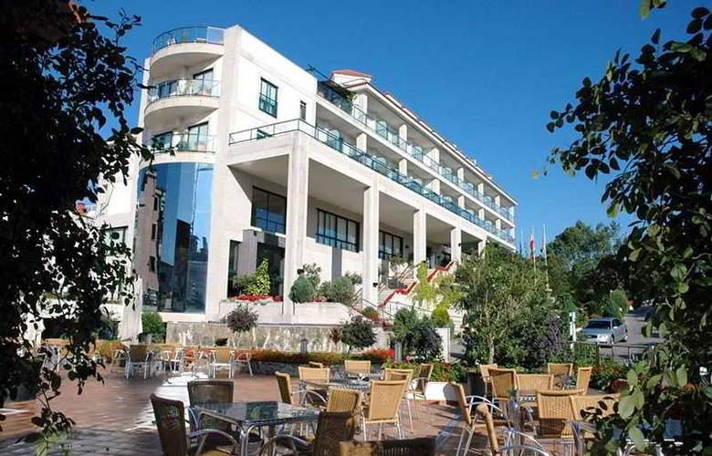 Carlos I Silgar - Hotel - 12