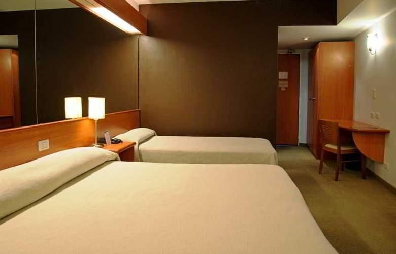 Tower &  Inn Suites - Room - 16