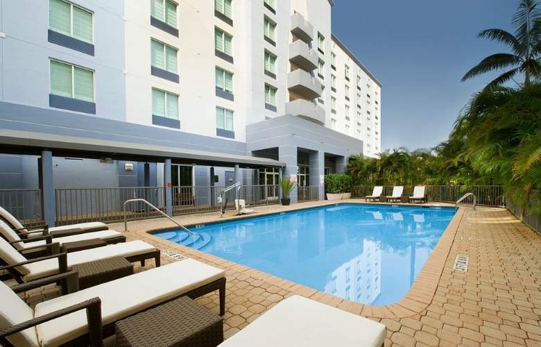 Holiday Inn Miami-Airport West Doral - Pool - 6