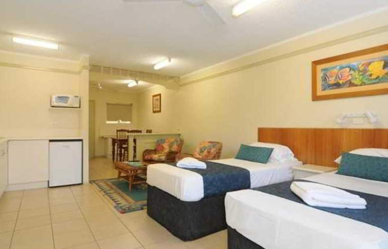 Cairns Queenslander Apartments - Room - 9