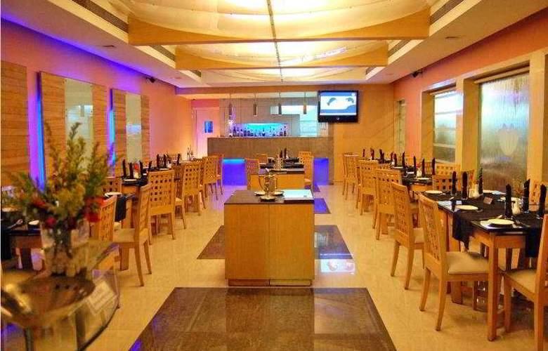 Sukh - Restaurant - 7