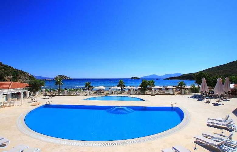 Palm Bay Beach Hotel - Pool - 17