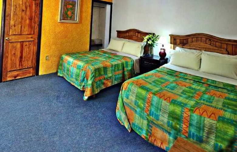 La Abadia Plaza - Room - 11