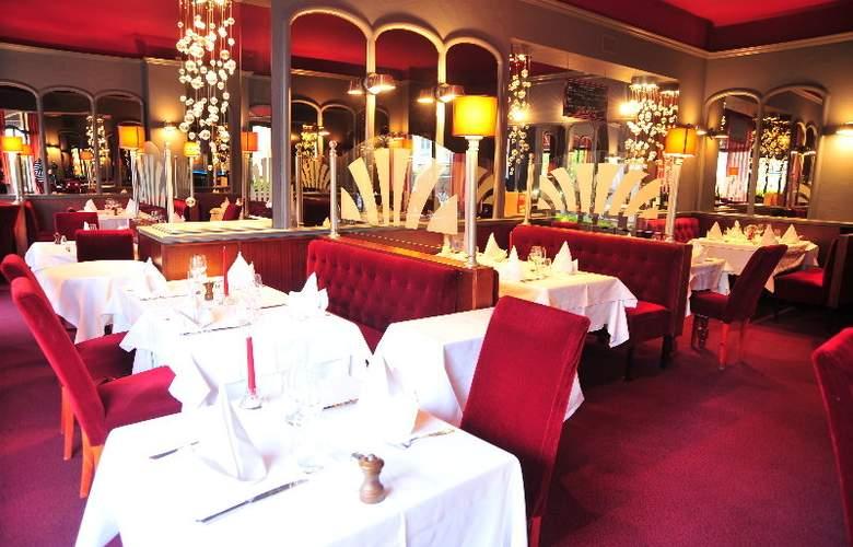 Interhotel Le Bretagne - Restaurant - 3