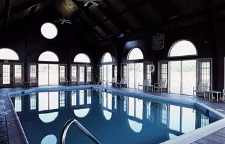 Wyndham Kingsgate Resort - Pool - 4