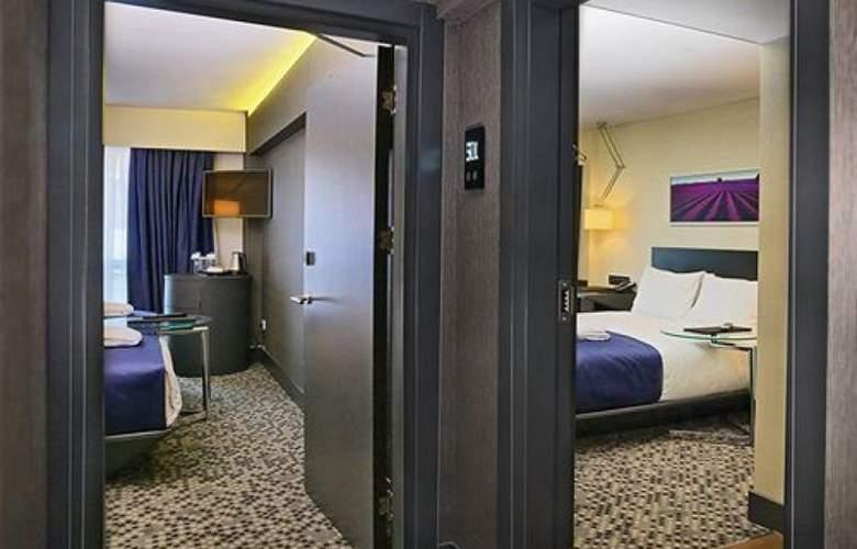 Misa - Room - 5