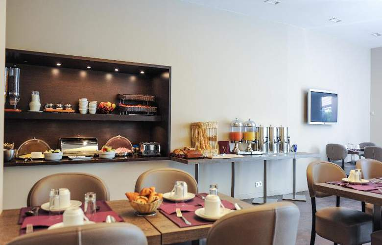 Grand Hotel - Restaurant - 23