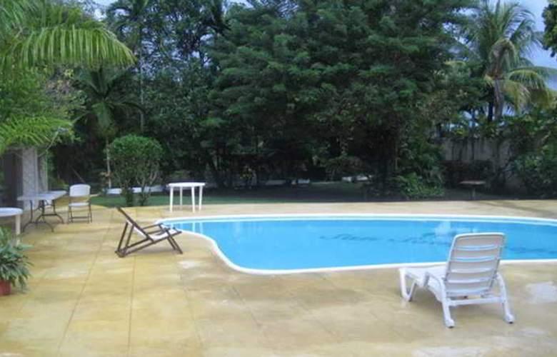 San San Tropez - Pool - 5