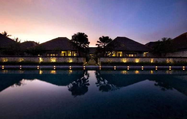 The Bali Khama - General - 1