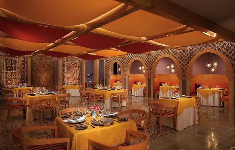 Dreams Playa Mujeres - Restaurant - 27