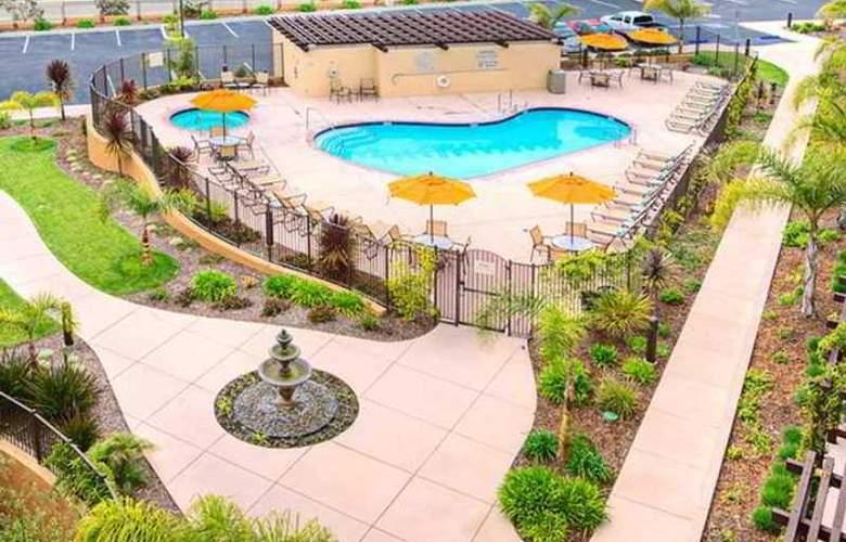 Hilton Garden Inn San Luis Obispo/Pismo Beach - Hotel - 4