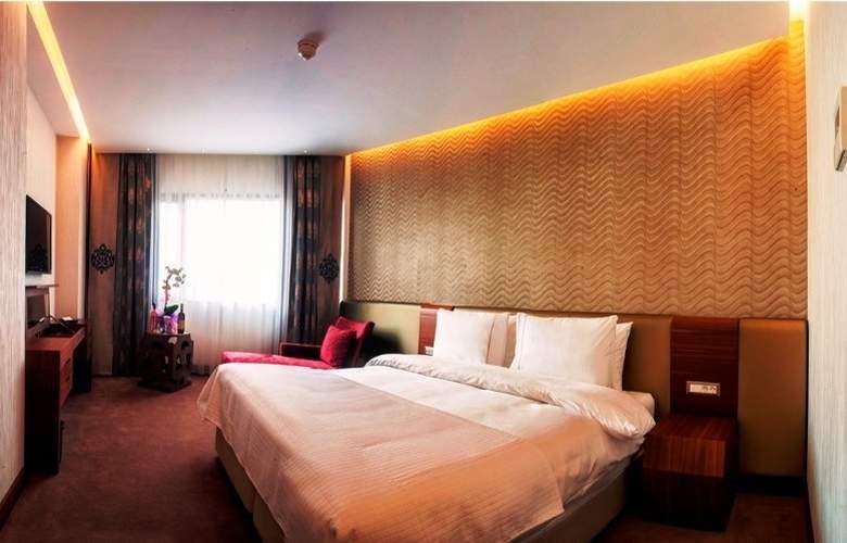 Ramada Hotel & Suites Atakoy - Room - 7