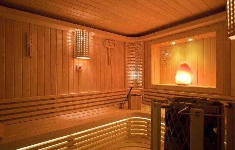 GLK PREMIER Acropol Suites & Spa - Hotel - 4