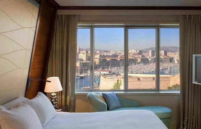 Sofitel Marseille Vieux Port - Hotel - 13
