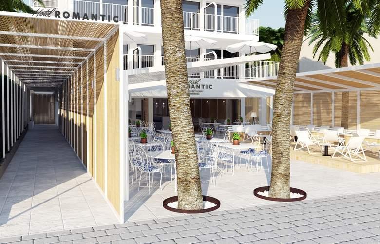 Romantic Hotel - Terrace - 11