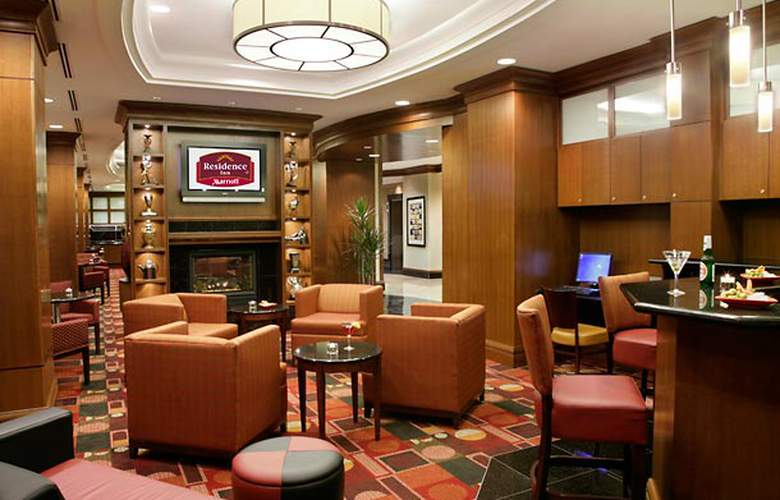 Residence Inn Toronto Downtown/Entertainment District - Bar - 3
