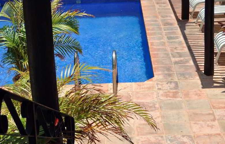 La Pasion Boutique Hotel - Pool - 47