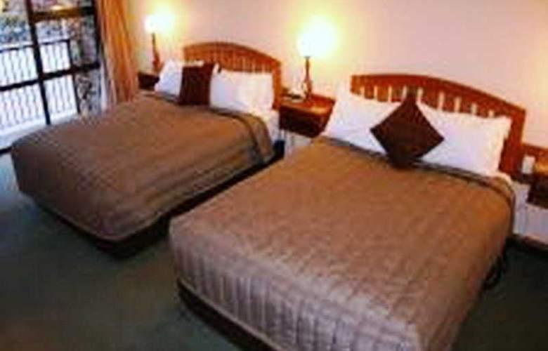 Mackenzie Country Inn - Room - 1