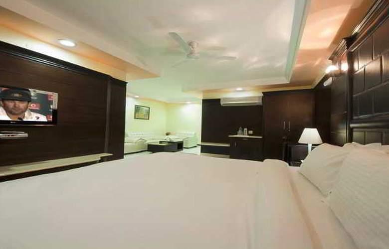 Sun Hotel Agra - Room - 7