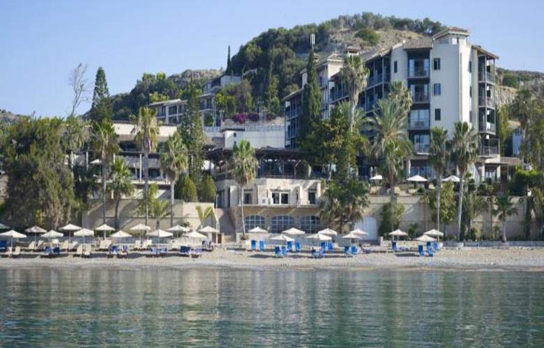 Columbia Beach Hotel - Hotel - 13