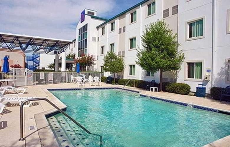 Motel 6-Dallas-DFW Airport North - Pool - 6